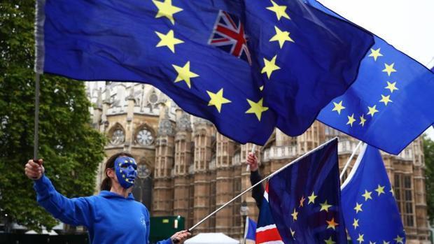 Los jóvenes británicos culpan a las generaciones mayores del Brexit