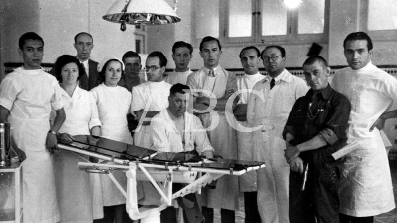 Médicos y enfermeras en la Guerra Civil