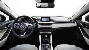 Mazda6, renovación a tiempo parcial