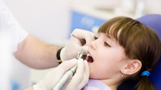 La mitad de los escolares revisados sufren problemas dentales en la Comunidad Valenciana