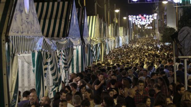 Espadas quiere equiparar la Velá de Triana con el Corpus y la Feria de Sevilla