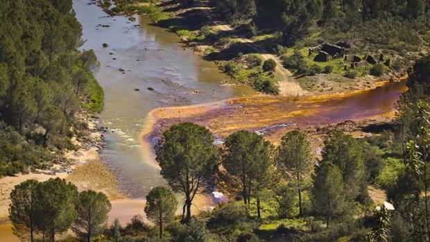 Activada la alarma en Huelva por el vertido de una mina al río Odiel