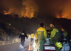 En imágenes: el incendio de La Palma, lleno de trampas, ha quemado ya 1.000 hectáreas