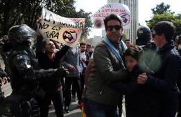Las imágenes del «Reich antitaurino» que siembra el terror en Bogotá