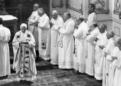 La vida de Benedicto XVI, en imágenes