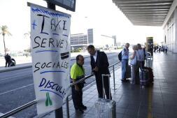 En imágenes: la huelga del taxi en Madrid y Barcelona