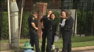 Un abogado de Texas deja nueve heridos en un tiroteo en un centro comercial de Houston