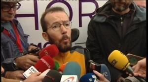 """Podemos cree que la abstención del PSOE se traduce en darle las """"tijeras"""" a Rajoy"""