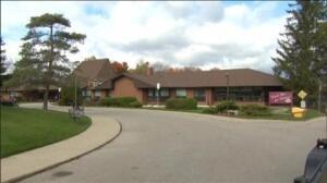Detenida una enfermera canadiense sospechosa de la muerte de 8 ancianos