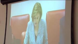 Las víctimas del Yak42 siguen la comparecencia de Cospedal en el Congreso