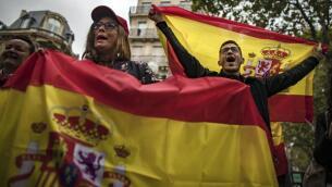 Europa se viste de los colores españoles, en imágenes