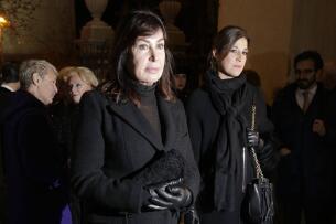 Carmen Martínez-Bordiú, Carmen Lomana o Pepe Barroso, entre los asistentes al funeral por Carmen Franco