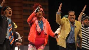Carnaval de Cádiz 2018: la actuación de la chirigota de Sevilla «Felices a las cuatro», en imágenes