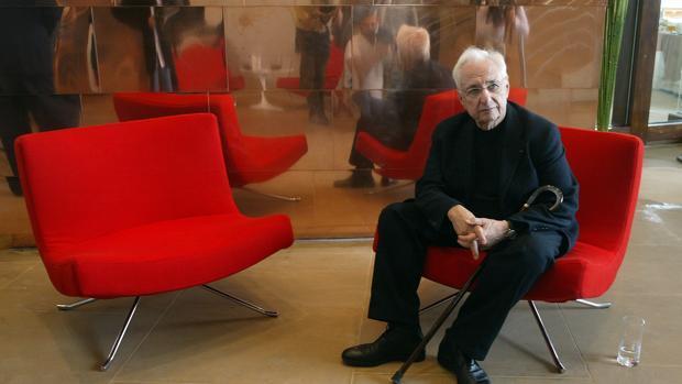 Frank Gehry: «Un edificio no puede gustar a todo el mundo. Al principio el Guggenheim fue rechazado»