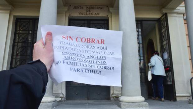 El Ayuntamiento adjudica 2,7 millones a una empresa morosa en dos municipios