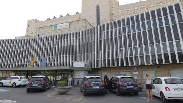 El ascensorista del Valme niega su intervención en el accidente en el que murió Rocío Cortés