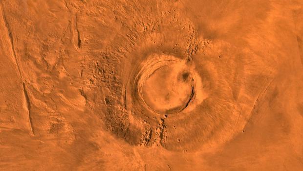 Arsia Mons, el volcán marciano que escupía lava cuando en la Tierra había dinosaurios