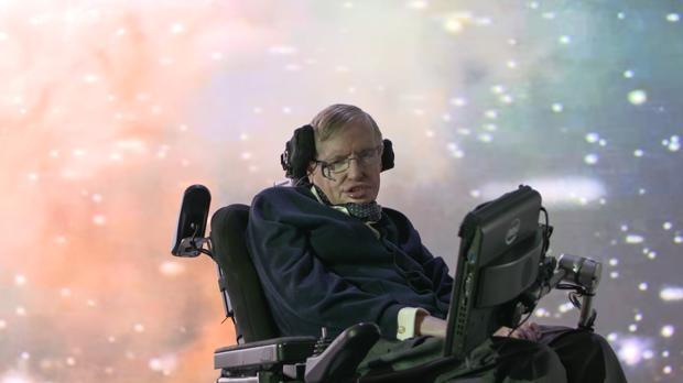 ¿Tiene Stephen Hawking aspecto de científico capaz?