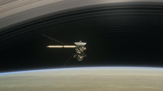 En directo: Cassini ya forma parte de Saturno
