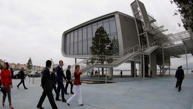 Los Reyes inauguran el Centro Botín, «foco de desarrollo para Cantabria y toda España»