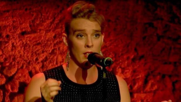Muere electrocutada la cantante francesa Barbara Weldens durante un concierto