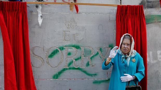 Banksy pide disculpas al pueblo palestino en el centenario de la declaración de Balfour