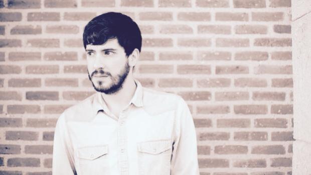 Jacobo Serra: «Cambiar de idioma ha implicado pasar por momentos de pánico»