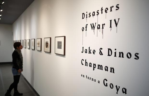 Goya revisitado: esvásticas nazis y payasos para inmortalizar el horror