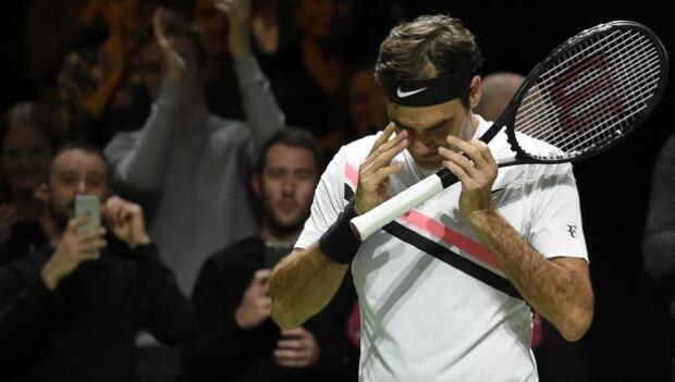 Federer se mete en la final de Rotterdam