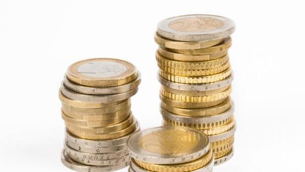 Los depósitos de la banca crecieron un 1,6% en febrero, hasta un total de 765.637 millones de euros