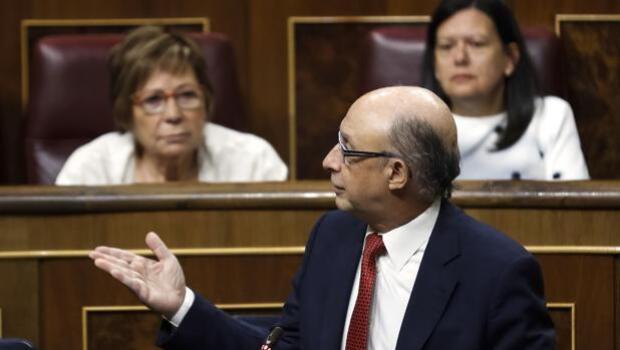 Montoro bloquea todos los gastos de la Generalitat