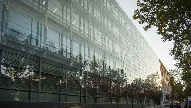 Amazon inaugura en Madrid su nueva oficina corporativa en España