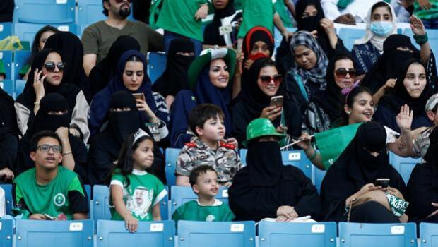 Las mujeres podrán crear empresas en Arabia Saudí sin la autorización de un hombre