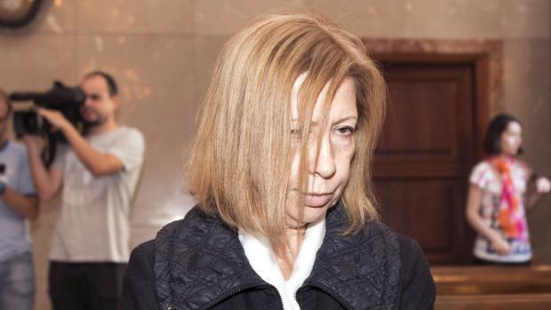 El juez condena a Munar a tres años de cárcel por la venta irregular de un solar