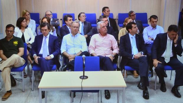 Urdangarin, Torres y Matas recurrirán la sentencia de Nóos ante el Tribunal Supremo