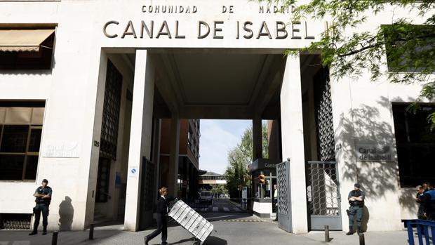 Lluvia de sanciones y ceses en Canal de Isabel II