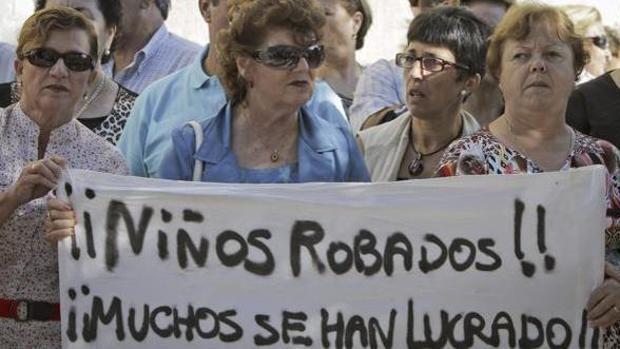Madrid tiene 74 posibles casos abiertos de bebés robados