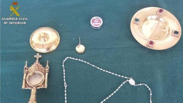 Unos ladrones roban la reliquia del hueso de San Hipólito Mártir en una iglesia de Cocentaina