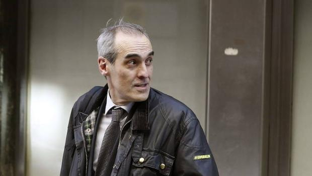 Luzón revoca la decisión de Moix de apartar a los fiscales del 3 por ciento