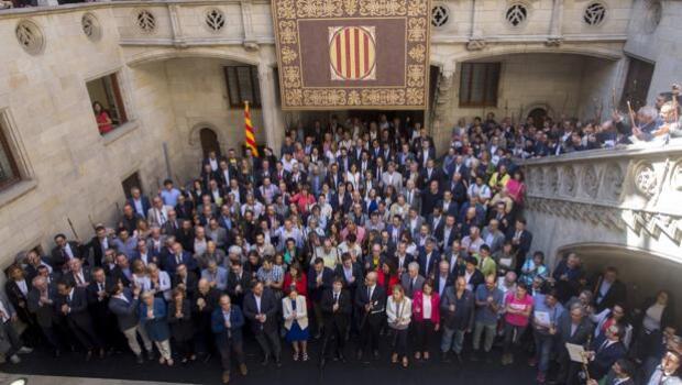 Puigdemont: «No subestimen la fuerza del pueblo de Cataluña»