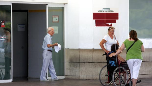Los pacientes del hospital de La Ribera esperan de media 36 días menos para ser operados