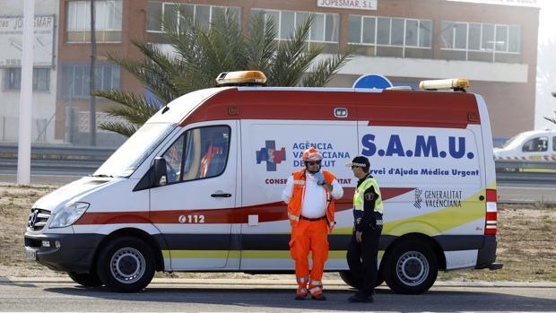Un hombre muere en el choque de un turismo y una furgoneta en la A-7