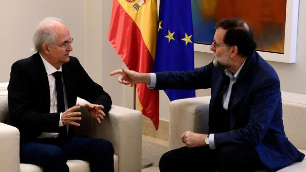 Rajoy se reúne con Ledezma y la diplomacia venezolana lo considera un «acto inamistoso»