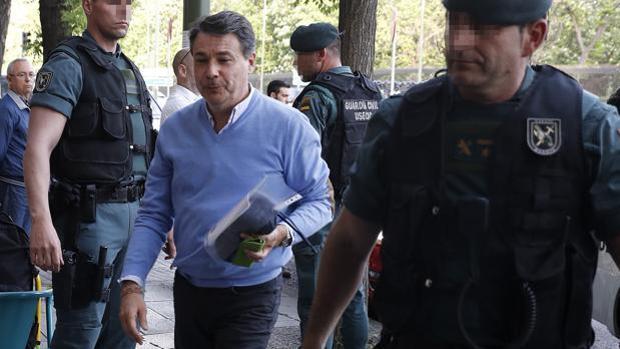Anticorrupción y la UCO pedirán la imputación de González en la Púnica