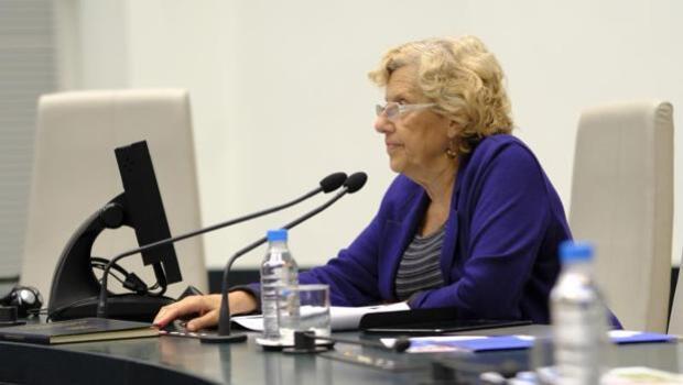 La cesión de Carmena ante Montoro ahonda la crisis interna en Cibeles