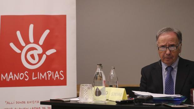 Bernad se presenta como víctima de una «persecución política»