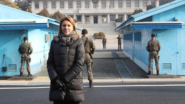 Cospedal visita la zona desmilitarizada entre las dos Coreas y aboga por la «esperanza para la reunificación»