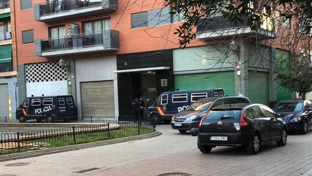 La Policía Nacional detiene a tres personas en Valencia por favorecimiento de inmigración ilegal