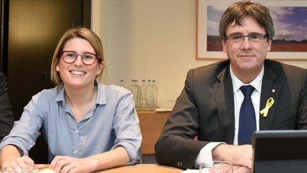 El Gobierno cesa a las diputadas independentistas Artadi y Borràs de sus cargos en la Generalitat
