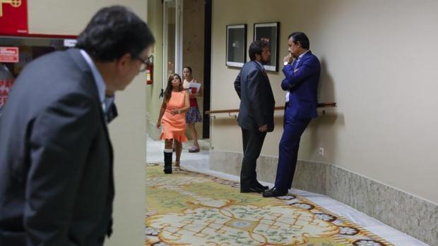 El PP ve en Ciudadanos un socio «frívolo» y mantiene que el PNV no le fallará